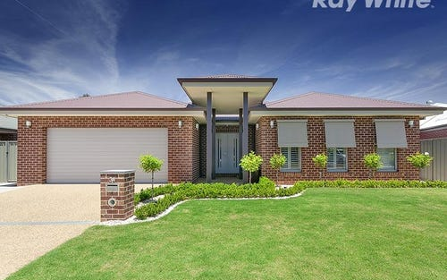 34 Oxford Drive, Thurgoona NSW 2640