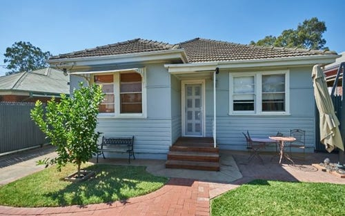 27 Bourke Street, Turvey Park NSW 2650