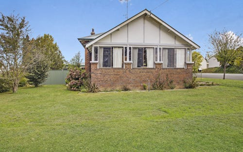 87 Denison Street, Crookwell NSW 2583