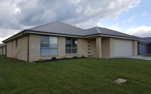 15 Rothery Street, Eglinton NSW 2795