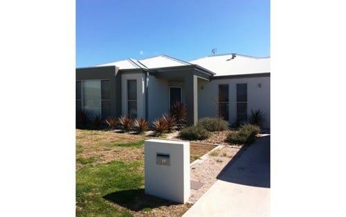 11 Sapphire Street, Orange NSW 2800