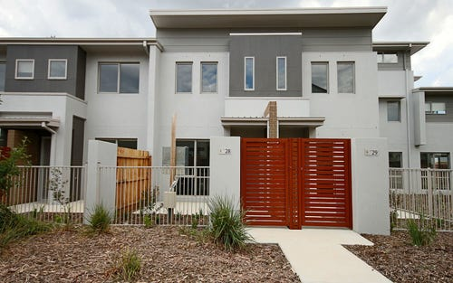 28/20 Clare Burton Crescent, Franklin ACT