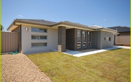 14 Angus Place, Bungendore NSW 2621
