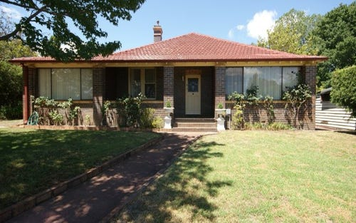 136 Brown Street, Armidale NSW 2350
