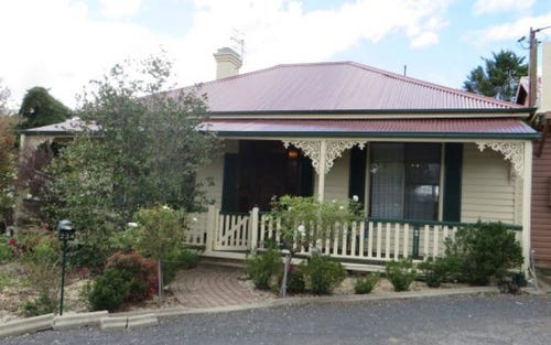 234 Meade Street, Glen Innes NSW 2370
