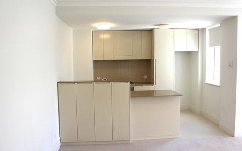 210/2 Rosewater Circuit, Breakfast Point NSW