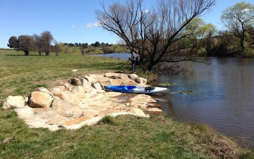Platypus Banks, off Clyde Street, Goulburn NSW 2580