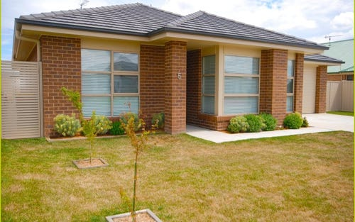 5 Angus Place, Bungendore NSW 2621