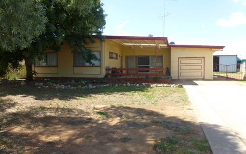 16 Captain Wilson Ave, Parkes NSW 2870