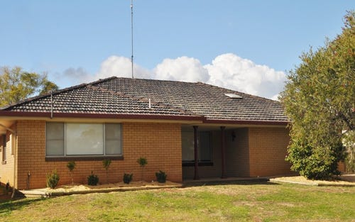 18 Thurlagoona Avenue, Narrabri NSW 2390