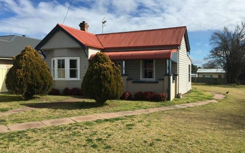 81 Bridge Street, Uralla NSW 2358