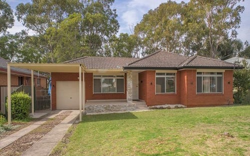 29 Clyde Avenue, Moorebank NSW 2170
