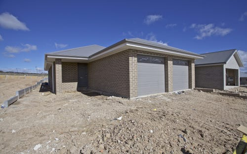 Dwelling 2/14 McLean Street, Bathurst NSW 2795