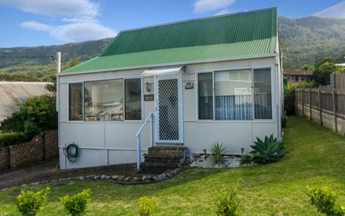 178 Lawrence Hargrave Dr, Thirroul NSW 2515
