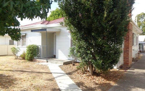 1/4 Alice Street, Tamworth NSW
