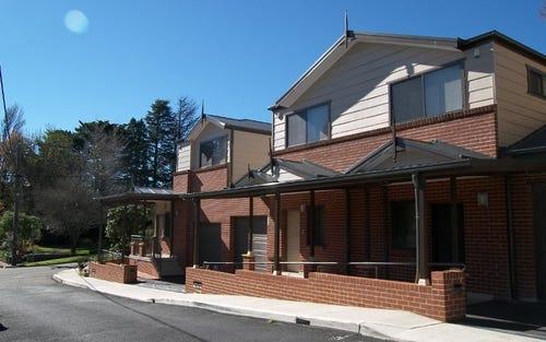 58 Waratah Avenue, Katoomba NSW 2780