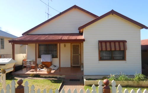 26 Weston Street, Parkes NSW 2870