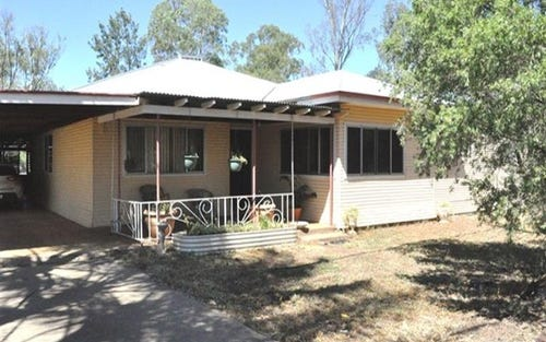 66 Riverview Rd, Gilgandra NSW 2827
