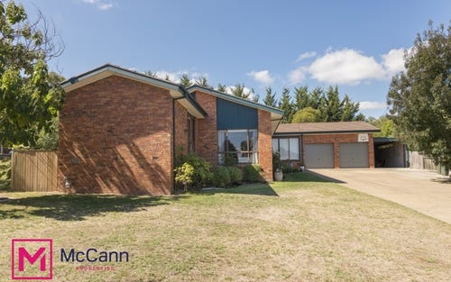 4 Minchin Place, Gowrie ACT