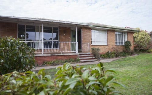 27 Hodgson Crescent, Pearce ACT