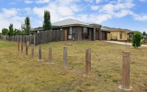 93 John James Loop, MacGregor ACT