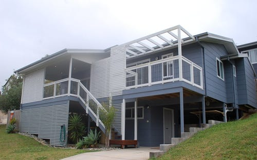 30 McLeod Drive, Scotts Head NSW 2447