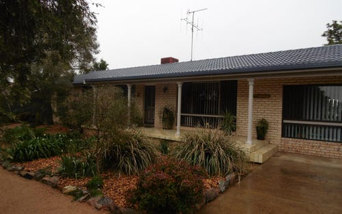 46 Kelly Road, Parkes NSW 2870