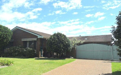39 Wyuna Pl, Forster NSW