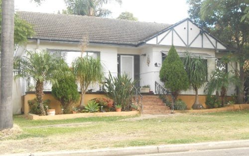 70 Evans St, Fairfield Heights NSW 2165