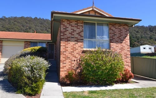 14b Wilton Close, Lithgow NSW 2790