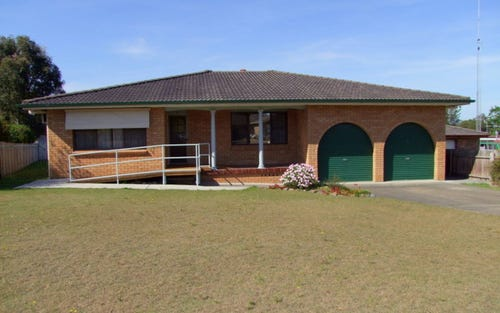 12 Alroy Close, Singleton NSW 2330