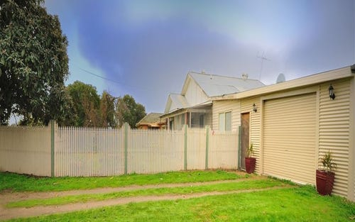 620 Honour Ave, Corowa NSW 2646