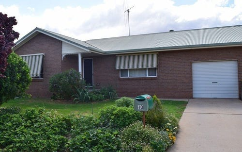 10 Golden Bar Drive, Parkes NSW 2870