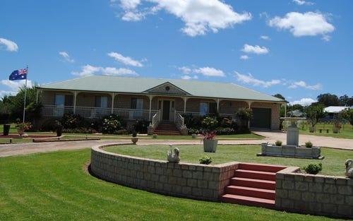 104 Runnymede Drive, Woodstock NSW 2360