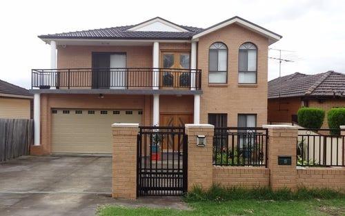 11 Rowley St, Smithfield NSW 2164