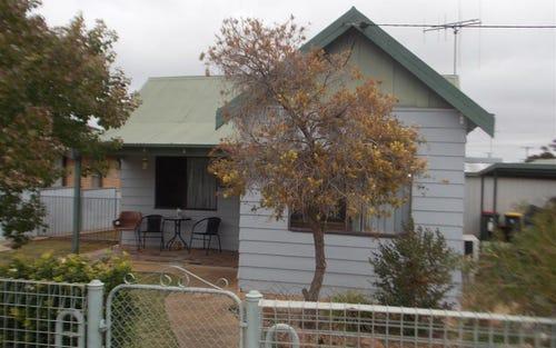 85 Victoria Street, Parkes NSW 2870