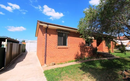 94 Bannerman Crescent, Bathurst NSW 2795