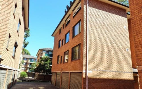 1/132 Moore St, Liverpool NSW 2170