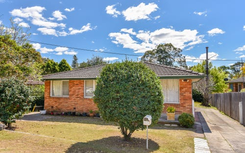 4 Sinclair St, Gosford NSW 2250