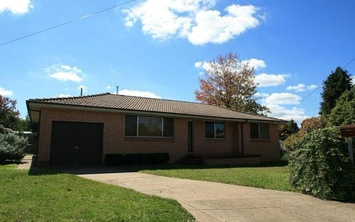 17 JAMES COOK CRESCENT, Bletchington NSW 2800