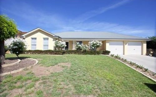 3 Oaklands Drive, Bathurst NSW