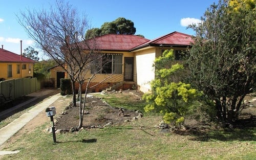 4 McDonald Avenue, Cooma NSW 2630