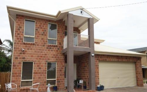 8 Freyberg Street, Wagga Wagga NSW 2650
