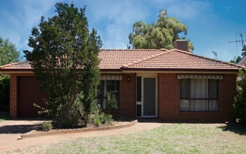 4 Balmoral Place, Dubbo NSW 2830