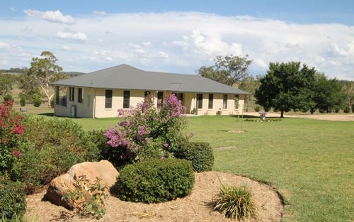 61 Coopers Lane, Inverell NSW 2360