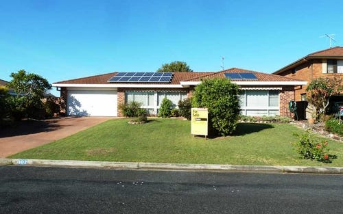 102 Taree Street, Tuncurry NSW 2428