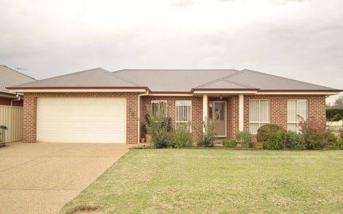 3B Hopbush Drive, Griffith NSW