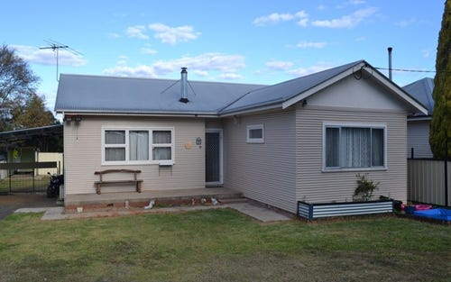 10 Lang Street, Inverell NSW 2360