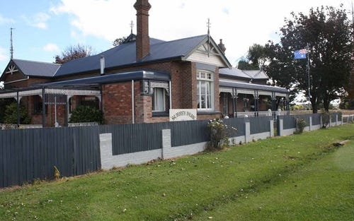 13 Surrey Park, Glen Innes NSW 2370