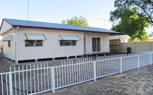 56 Short St, Bourke NSW 2840
